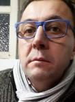 Manuel, 51  , Saint-Brieuc