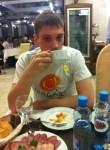 Artyem, 24  , Skhodnya