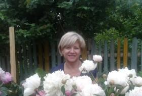 Valentina, 55 - Just Me