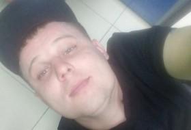 Oleg, 33 - Just Me