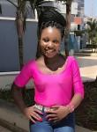 Nicole  hangwa, 22  , Nairobi