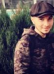 Mayrbek, 21  , Urus-Martan