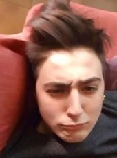 Michael, 23, Italy, Turin