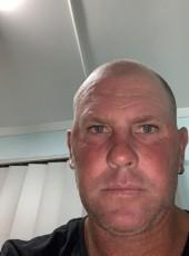 mr7under, 44, Australia, Canberra