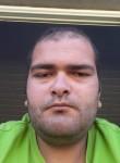 Franzi , 25  , Noumea