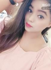 Riya, 26, India, Botad