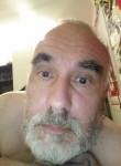 Yéyéto, 45  , Herblay