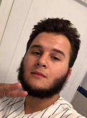 Nick, 21, United States of America, New York City