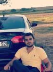 Berke, 21  , Istanbul