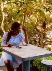 Neyma, 26, Mozambique, Maputo