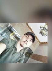 BADER, 21, United Arab Emirates, Dubai