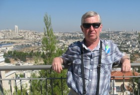 Boris, 59 - Just Me