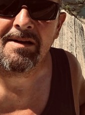 Pipo, 64, Luxembourg, Differdange