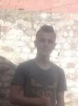 Louay, 19  , Nabeul