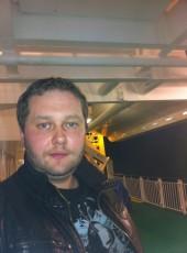 JURIJ, 39, Sweden, Solna