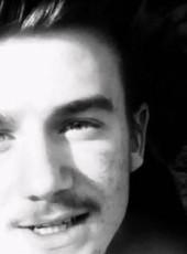 Claudiu, 19, Romania, Calarasi (Calarasi)