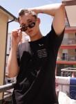 Oleg, 19  , Rimini