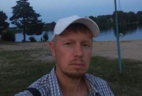 Evgeniy , 36 - Just Me