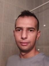 Alex, 30, Spain, Parla