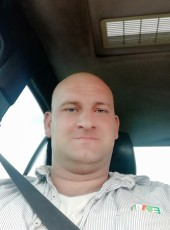 Taras, 29, Ukraine, Dnipr