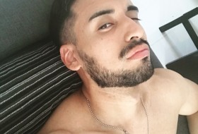 Leandro, 28 - Just Me