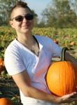Dani, 30, Webster Groves