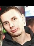 Alekcei, 31  , Kourou