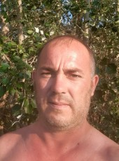 Nail, 41, Russia, Yekaterinburg