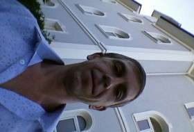 andrey, 42 - Just Me