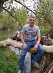Anatoliy, 37  , Luhansk