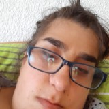 Arzu, 18  , Garching an der Alz