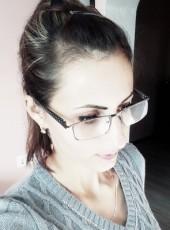 Oksana, 28, Belarus, Iwye