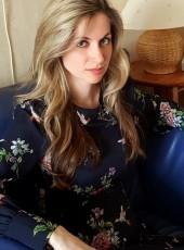 Елена, 34, Россия, Москва