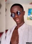mikow, 18  , Yamoussoukro