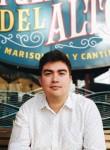 Nicolás, 25  , Santiago
