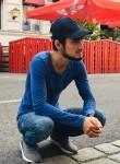 Khan, 19  , Vienna
