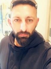Gman , 38, Australia, Melbourne