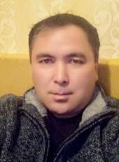 Altynbek, 18, Kyrgyzstan, Bishkek