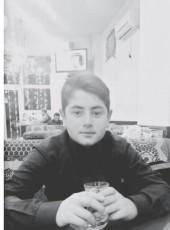 Alim, 18, Azerbaijan, Baku