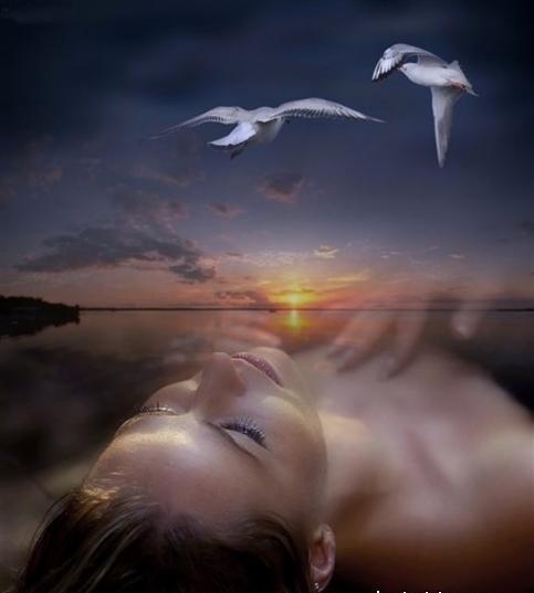 Если пение из сна вас порадовало, событие будет приятным и счастливым.