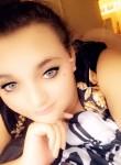 Hallie , 18  , Hope Mills