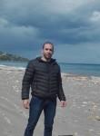 Yacinus, 32  , Algiers