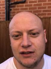 Roger , 27, United Kingdom, Leicester