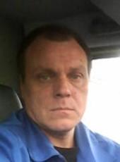 Aleksandr, 49, Russia, Polyarnyye Zori