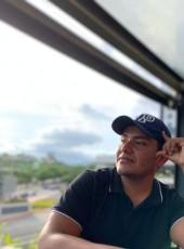 Charlie , 19, Mexico, Tuxtla Gutierrez