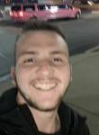 Garrett, 21  , Springfield (State of Missouri)