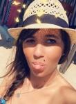 Marina, 29, Lyon