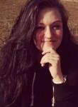 Vanessa, 25  , Bern