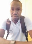 Baba, 18  , Libreville