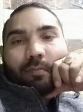 Noor Mohammad, 22, Saudi Arabia, Ar ar